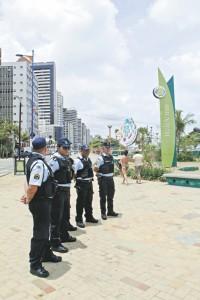 19 DE FEVEREIRO DE 2015. OPERACAO DE POLICIAMENTO NA BEIRA MAR.  - POLICIA - 21pl0844  -  HELENE SANTOS
