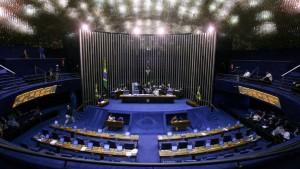 plenario-senado-federal-20070420-03-size-598