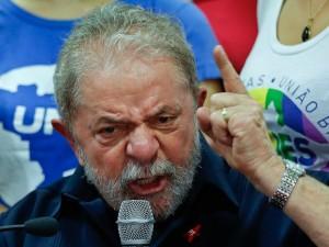 brazil_corruption_andre_penner_ap